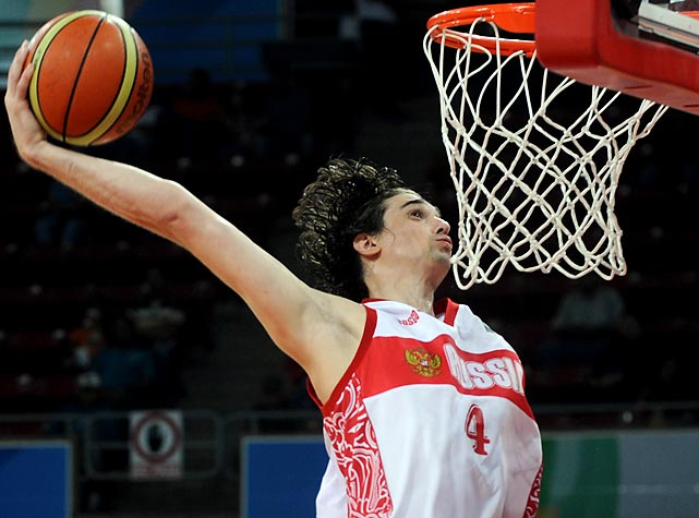 The newest international name to join the Minnesota Timberwolves, Shved is a rangy shooting guard with plus ball-handling and passing skills. At 6-foot-6, he will pose a series of threats to opposing defenses. Shved is another candidate for a breakout tournament.