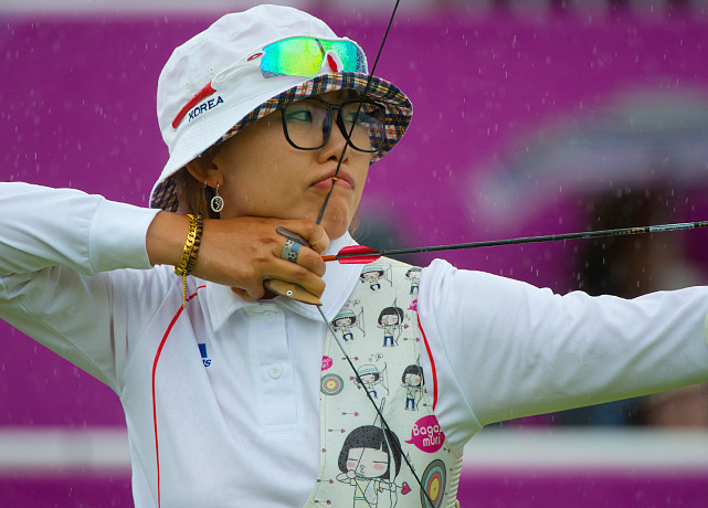 The trio of  Ki Bo-bae, Lee Sung-jin and Choi Hyeon-ju combined to outscore China by a single point as South Korea won the women's team archery gold medal for the seventh consecutive Olympics.