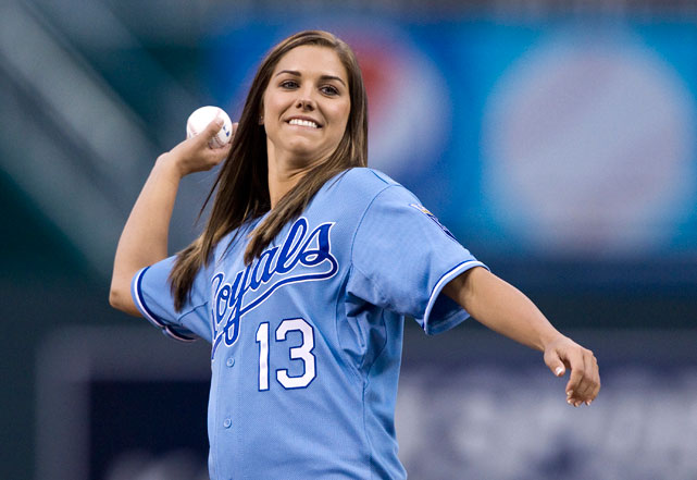 Morgan throws out the first pitch of a Royals-White Sox game in Sept. 2011.