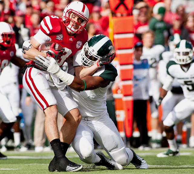 The scourge of Big Ten quarterbacks posted 29 tackles in a two-game span against Nebraska and Minnesota.