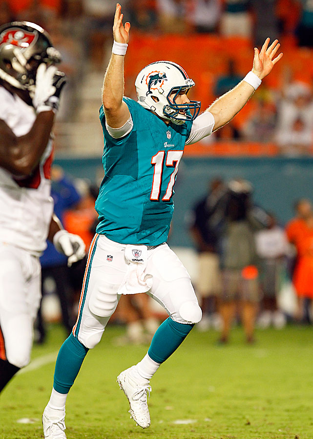 Rookie Ryan Tannehill completed 14 of 21 passes for 167 yards and an 11-yard touchdown in the Dolphins' 20-7 loss to the Buccaneers. With David Garrard out pending knee surgery, Tannehill could be closing the gap on Matt Moore.