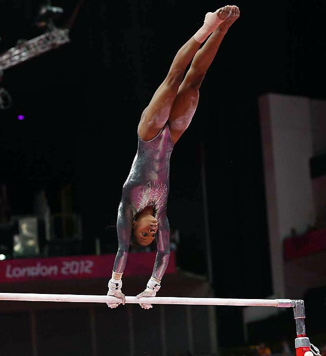 All-around gold medalist Gabby Douglas stalled on a hand stand and finished last in the uneven bars competition on Monday.