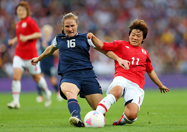 Rachel Buehler and Shinobu Ohno go after the ball in the first half.