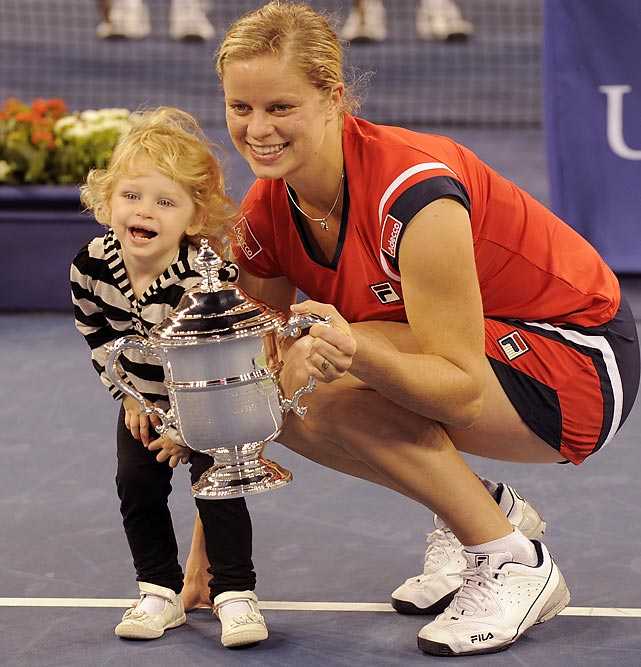 Just a month after returning to the tour, Clijsters won her second Grand Slam title at the U.S. Open. In doing so, Clijsters became the only unranked wild card to win a major title and the first mother to win a Slam since Evonne Goolagong in 1980. In the semis, Clijsters was on the other side of the net for Serena Williams' infamous foot-fault and then defeated Caroline Wozniacki in the final. After winning, her daughter, Jada, came out onto the court to make the tennis world let out a collective  Awwww .