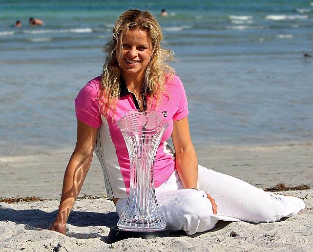 On her way to the Sony Ericsson Open title in 2010, Clijsters had to face then or future Grand Slam champs in five of her six matches. She met Petra Kvitova in her first match and Victoria Azarenka, Sam Stosur, Justine Henin, Venus Williams in her final four matches.