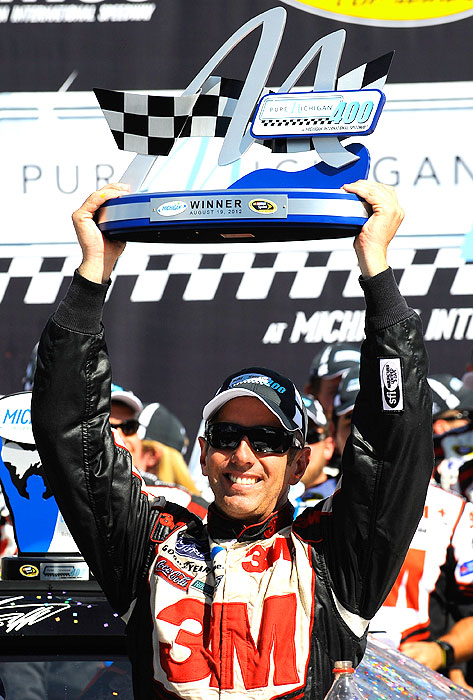 Biffle, who spent 14 weeks atop the Cup points standings, boasts regular-season wins at both Fort Worth and Michigan. While he's never won a series championship, he has finished in second (2005) and third ('08).