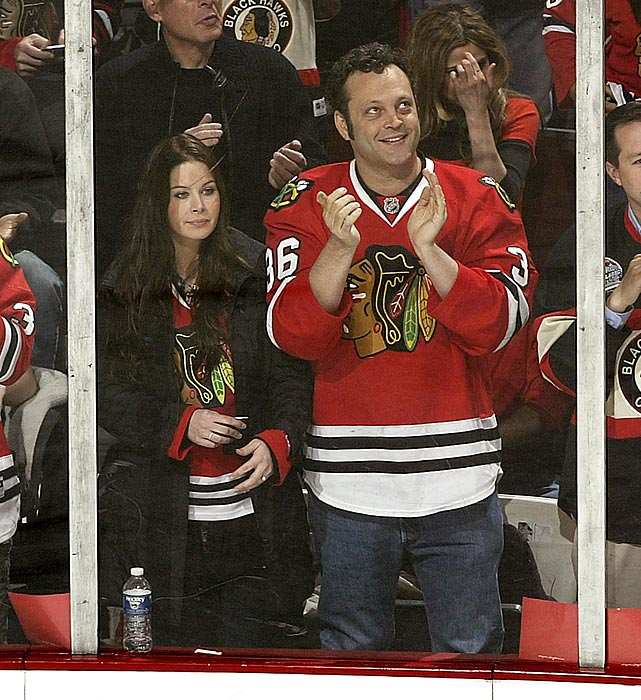 Vince Vaughn and wife Kyla Weber cheer on the Chicago Blackhawks.