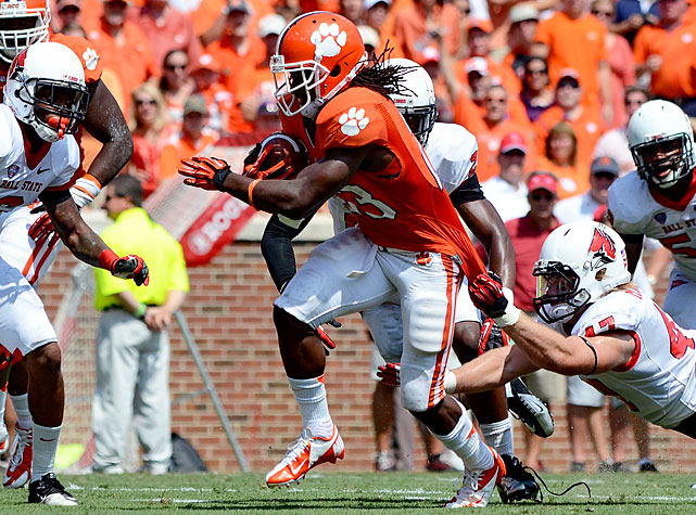 Clemson went on the attack early and often against Ball State, racking up more than 500 yards of total offense in a comfortable Week 2 victory. Tajh Boyd passed for 229 yards and three touchdowns, running back Andre Ellington (pictured) a rushed for 41 yards and two scores and wideout DeAndre Hopkins made six catches for 105 yards and three touchdowns. After beating Ball State, the Tigers will host Furman next week with a chance to improve to 3-0.