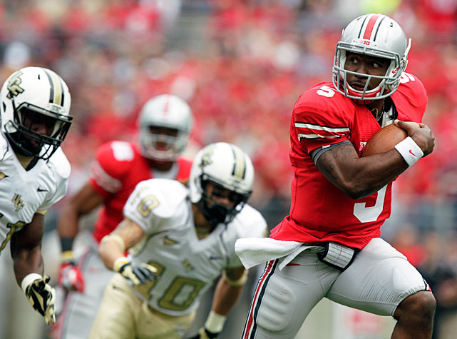 It was close early, but Ohio State broke away in the second half en route to a Week 2 win over UCF. Braxton Miller (pictured) turned in a star-worthy performance, collecting 155 passing yards, 141 rushing yards and four total touchdowns, and the secondary stepped up big for the Buckeyes. Travis Howard, Orhian Johnson and Etienne Sabino all hauled in interceptions.