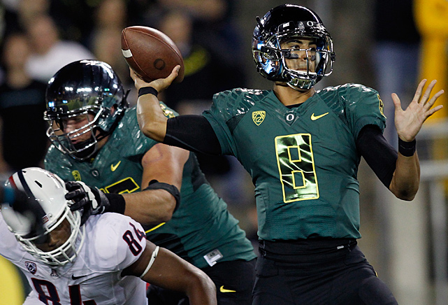 Redshirt freshman Marcus Mariota threw for 260 yards and two touchdowns, including a 55-yard scoring pass to freshman Bralon Addison late in the third quarter, and Oregon rolled. Billed as an offensive juggernaut between the Pac-12's fastest scoring teams, Oregon didn't find its stride until the second half - and Arizona never did - and the Ducks (4-0, 1-0) got their seventh straight conference-opening victory.