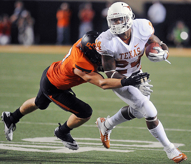 David Ash threw three touchdown passes to Jaxon Shipley and Joe Bergeron (right) scored on a 2-yard run with 29 seconds left to lift No. 12 Texas. Ash directed the Longhorns (4-0 overall, 1-0 in the Big 12) on a 75-yard scoring drive after the Cowboys (2-2, 0-1) had taken the lead on Quinn Sharp's 23-yard field goal with 2:34 to play. Ash finished with 304 yards passing. Bergeron accounted for 72 total yards and two rushing touchdowns.