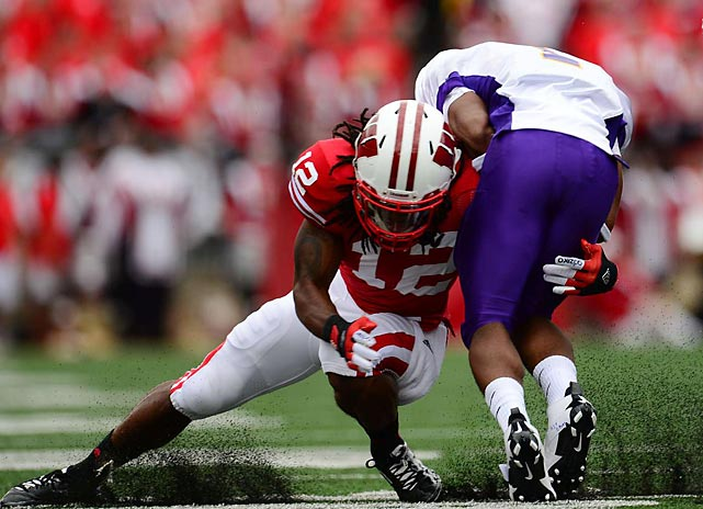 Wisconsin's Dezmen Southward puts a tackle on a Northern Iowa player in the Badgers' 26-21 win.