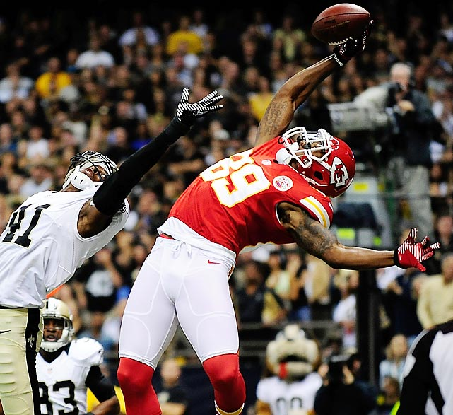 John Baldwin of the Chiefs can't haul in a pass defended by Roman Harper of the Saints. The Chiefs would go on to win 27-24 in overtime.
