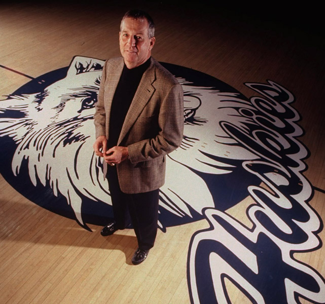 In 1999, Calhoun collected his 287th win at UConn, passing Hugh Greer as the program's winningest coach.