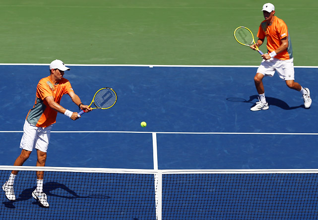 The second-seeded Bryan brothers are certainly a top contender to win the doubles title. Despite a surprise loss in the first round last year, Bob and Mike have teamed up to win three times ('10, '08, '05). The duo has dropped just one set on their road to the semifinals.