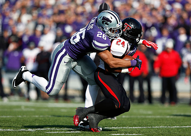 Kansas State took the next step toward Big 12 supremacy with a resounding victory over Texas Tech. Despite falling behind 10-3 in the second quarter, the Wildcats outscored the Red Raiders 52-14 the rest of the way to cruise to a Week 9 rout. Heisman candidate Collin Klein accounted for 316 total yards and four touchdowns, and running back John Hubert rushed for 64 yards and two scores. The K-State defense also forced three turnovers in the win.