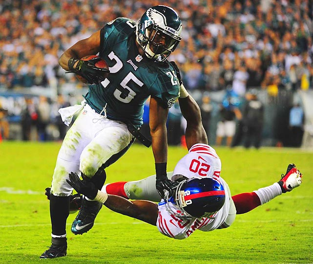 The Eagles' LeSean McCoy sheds the Giants' Prince Amukamara during the Eagles' 19-17 win over the Giants on Sunday night. McCoy rushed for 123 yards on the night.