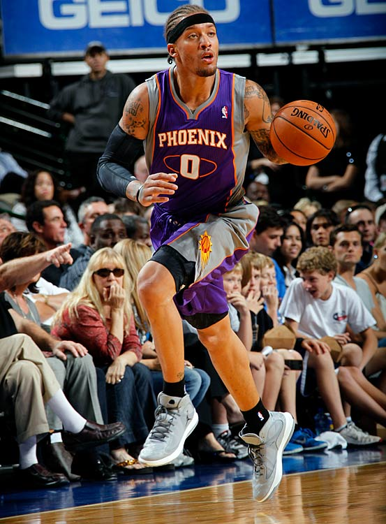 Beasley was the second overall pick of the 2008 draft but has yet to materialize into a star. He had an impressive 2010-11 season, but last year averaged just 11.5 points and 4.4 rebounds per game coming off the T'wolves bench. The Suns, who signed him to a three-year $18 million contract, are hoping the 23-year-old still has the potential to be the dominant force he was at Kansas St.