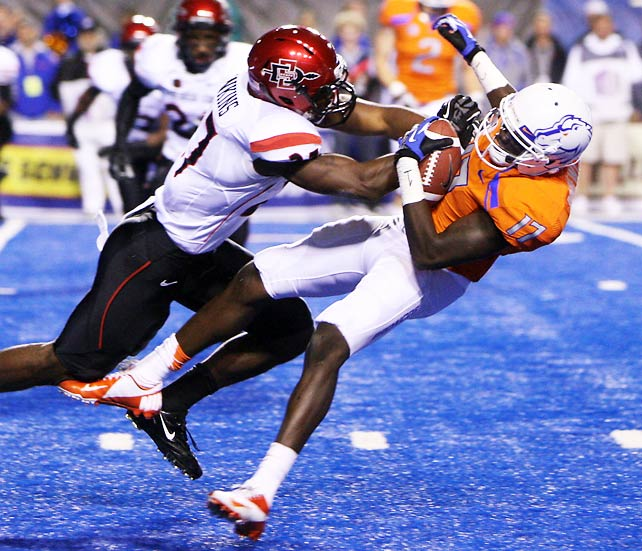 So much for Boise State's BCS-busting dreams. The Broncos were well-positioned to earn an at-large berth despite having lost their season opener to Michigan State, but that hope died after a shocking home loss to San Diego State. The Aztecs held off Boise's fourth-quarter rally to win their fifth straight and move into a tie for first place in the conference. Boise has now lost at home two years in a row; San Diego State had not beaten a ranked team since topping Wyoming in 1996.