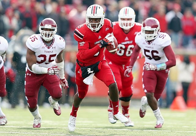 Louisville's undefeated season is still alive -- and in convincing fashion. The Cardinals routed Temple behind another banner day from quarterback Teddy Bridgewater (pictured). Bridgewater threw for 324 yards and five touchdowns, and running back Jeremy Wright tallied 100 rushing yards and a score. After a Brandon McManus field goal with 11:30 remaining in the second quarter, Louisville's defense held the Owls scoreless for the rest of the game.