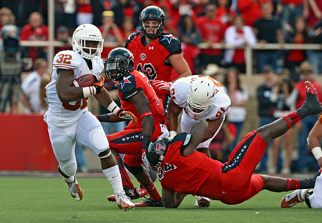 Texas may have some fight left in it, after all. After eking out a win against Kansas, the Longhorns went on the road to Lubbock and defeated Texas Tech. David Ash completed 11-of-19 attempts for 264 yards and three touchdowns, and freshman running back Johnathan Gray (pictured) carried 20 times for 106 yards. Wideout Mike Davis also played a key role. He made four catches for 165 yards and two scores, including the game-winning 25-yard touchdown in the fourth quarter.