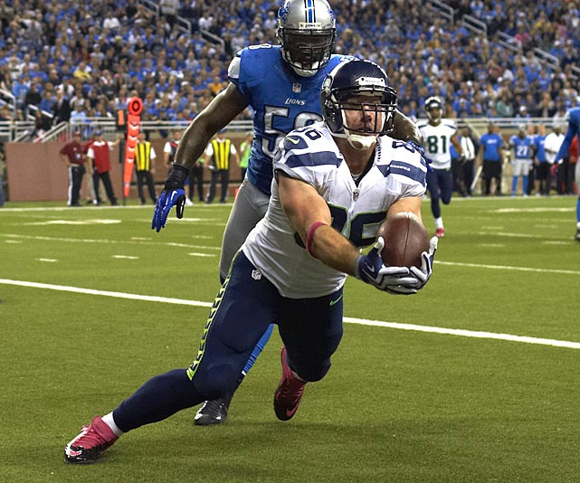 Miller has come alive with downfield plays the past few weeks, catching balls of at least 20 yards in three of his last five games and adding a 16-yard score. The Jets have allowed six touchdowns to enemy tight ends this season, tied with the Broncos for third most behind the seven surrendered by the Redskins and Titans, so Miller is worth starting in a pinch.