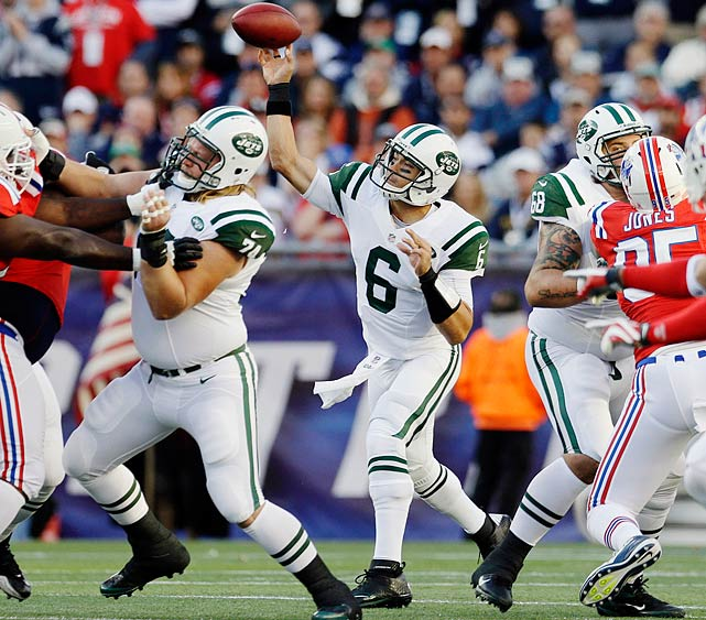 The Jets have limited Sanchez to just 42 throws the past two weeks, against the Seahawks and Rams. Look for the tri-state area's most-maligned athlete to loosen up his arm versus a Patriots defense against which he's thrown for more than 300 yards in consecutive starts, including a 328-yard showing five weeks ago in Foxboro.