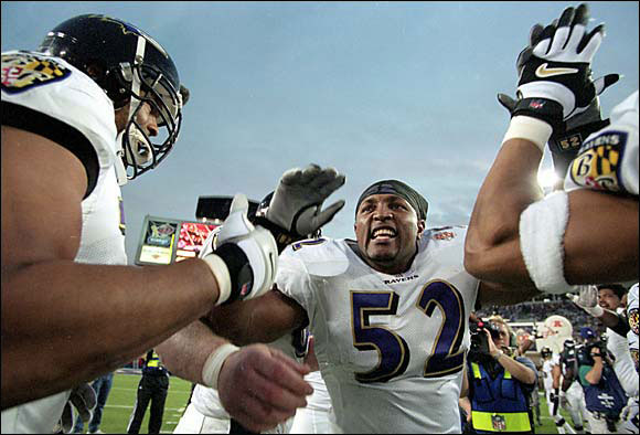 """To Ravens LB Ray Lewis: """"How long have you been surrounded by thugs?"""""""