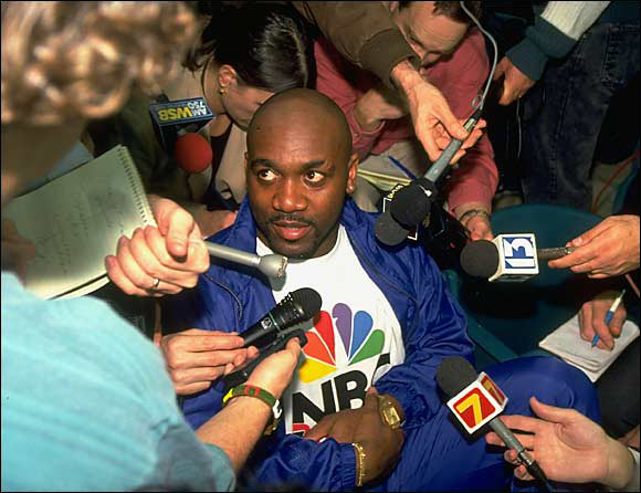 """Bills running back Thurman Thomas was asked how he got psyched for big games. """"I read the newspaper and look at the stupid questions you all ask,"""" he replied. He probably spent hours at it because Super Bowl media day is a factory farm of dumb queries."""