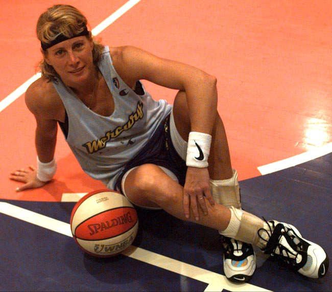Nancy Lieberman becomes the first woman to play in a regular-season men's professional game as the United States Basketball League's Springfield Fame downs Staten Island 122-107.