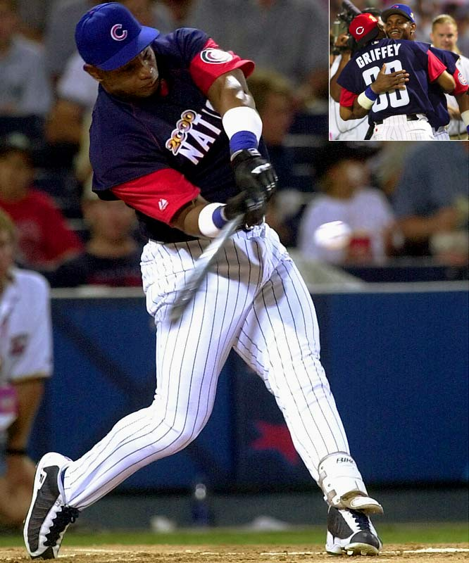 Sammy Sosa electrified the Turner Field crowd in 2000 by crushing the field with a then-record 26 home runs. The next-highest total belonged to Boston's Carl Everett with 12, though it was Ken Griffey Jr. who made it to the final round opposite Sosa.