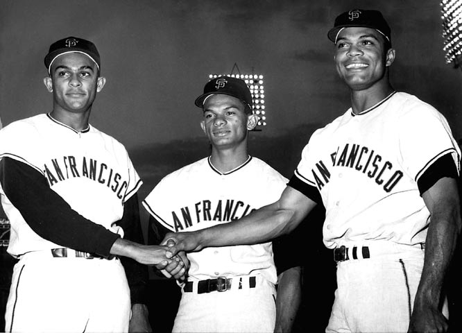 In the Mets 4-2 victory over the Giants at Polo Grounds, Carlton Willey retires the side in order getting all three Alou brothers -- Jesus, Matty and Felipe -- to make an out. The Dominican trio become the first three siblings to bat consecutively in the same inning.
