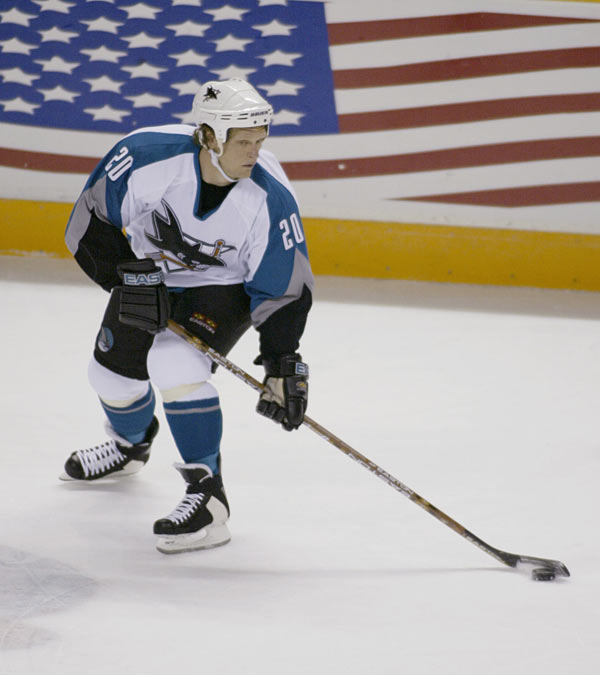 After 17 seasons and 845 career points, Gary Suter retires from the NHL.