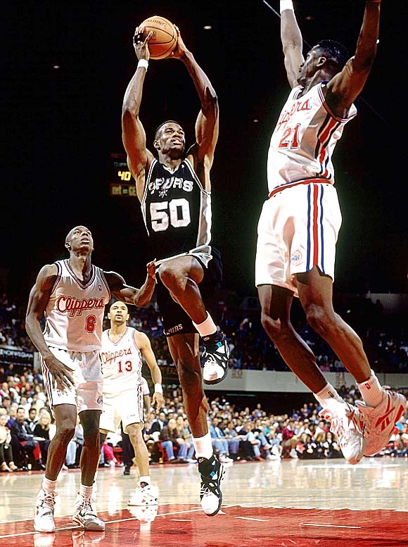 Robinson shredded the Clippers for 71 points in the 1993-94 season finale, raising his season average to 29.8 as he edged Shaquille O'Neal (29.3) for the scoring title.