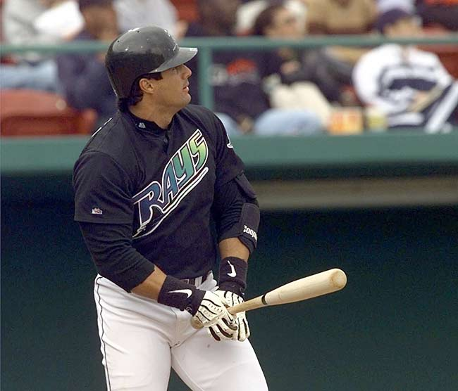 In a 7-6 loss to the Blue Jays, Jose Canseco becomes the 28th player in major league history to hit 400 home runs.