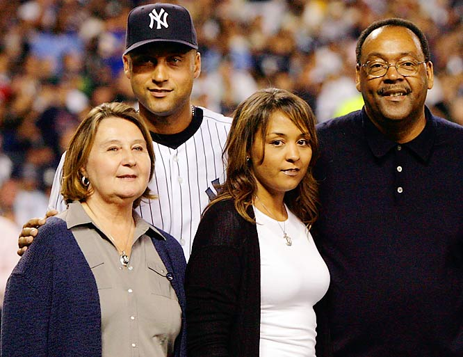 Derek Jeter with his mother, Dorothy, sister, Sharlee, and father, Charles, before the start of the last regular season game at the old Yankees Stadium.
