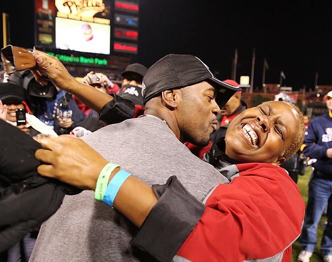 Jimmy Rollins celebraes winning the 2008 World Series with his mother, Gigi.