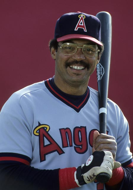In a 5-4 loss to Minnesota, California's Reggie Jackson becomes the first major league player to strike out 2,000 times.