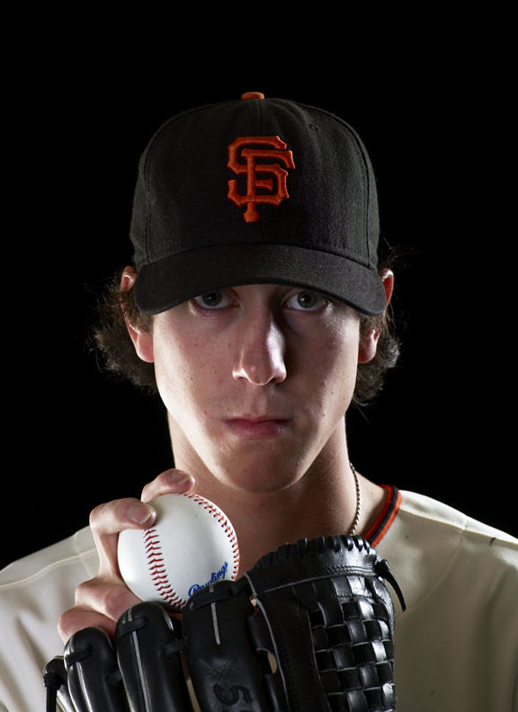 Tim Lincecum won the 2008 Cy Young Award, joining Dwight Gooden, Bret Saberhagen and Fernando Valuenzuela as the only pitchers to earn the award in their first full season.