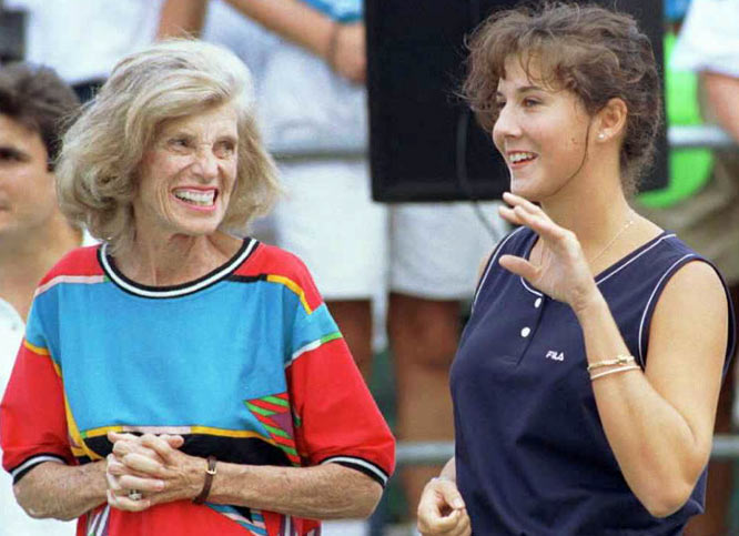 Kennedy Shriver and Monica Seles wave to athletes at the 1995 Special Olympics World Games in New Haven, Conn.