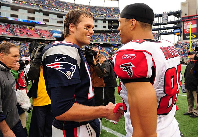 A pair of future Hall of Famers, Brady and Atlanta tight end Tony Gonzalez shared a few words after their Week 3 contest.
