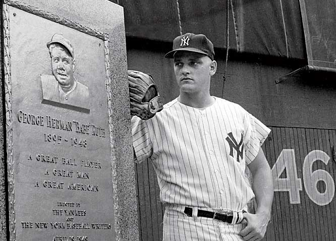 Breaking Babe Ruth's single-season home run mark, Roger Maris hits his historic 61st homer off Tracy Stallard as Yankees defeat the Red Sox, 1-0.