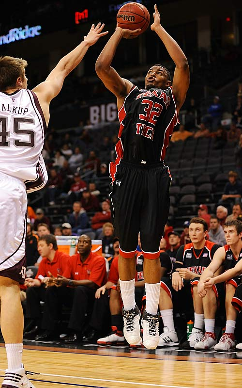 The Texas Tech sophomore forward scored 29 consecutive second-half points for his team as the Red Raiders rallied from a 21-point deficit to stun Texas A&M 88-83 in the first round of the Big 12 tournament. Singletary finished with 43 points, 18 more than his previous career high.