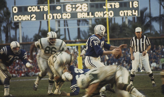 Late in the third quarter, with the Colts offense struggling, Don Shula turned to Johnny Unitas to spark Baltimore. He led the Colts to their only touchdown and finished the game going 11-for-24 with 110 yards and an interception.