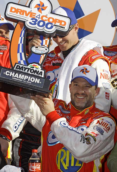Tony Stewart won the race for the fifth time in six years.
