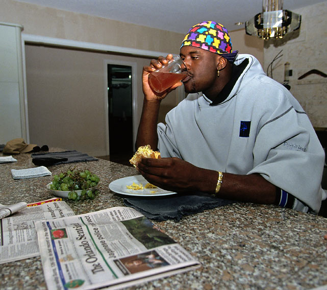 Shaquille O'Neal enjoys breakfast at his home in Orlando.
