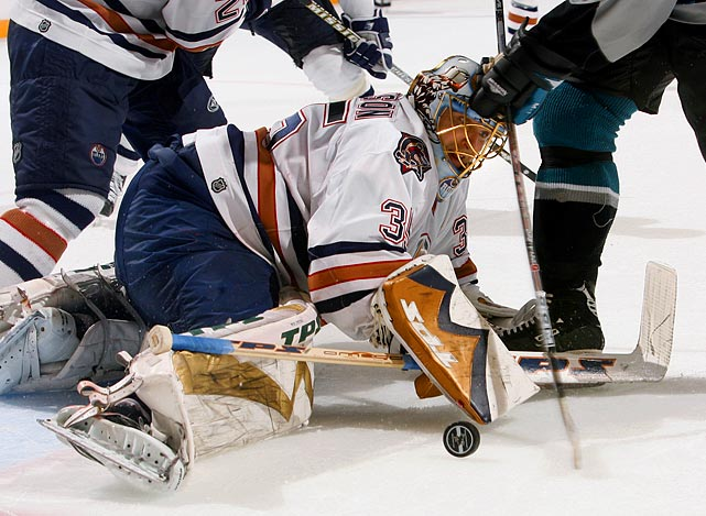 The 36-year-old journeyman was acquired from Minnesota at the 2006 trade deadline for a first-round pick and backstopped the Oilers on a surprising run all the way to the Stanley Cup Final. (They were first eighth-seeded team to get that far.) Along the way, Roloson (2.33 GAA) stopped the Red Wings, Sharks (the Oilers rallied from 0-2 hole) and Ducks (who outshot the Oilers 183-121 in the series). Unfortunately, he hurt his knee in Game 1 of the final and did not play again as the Oilers gamely fell to Carolina in seven games.