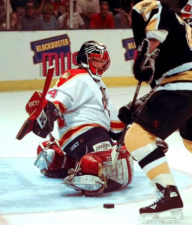 Florida's first choice in the 1993 expansion draft, the former Rangers star was a 32-year-old veteran and All-Star when he backstopped the upstart Panthers all the way to the `96 Stanley Cup Final. Beezer was a solid 12-10 with 2.53 GAA and .924 save pct. while knocking off the Bruins (in five), Flyers (in six, including two OT thrillers) and Penguins (in seven) before getting swept by Colorado in the final.