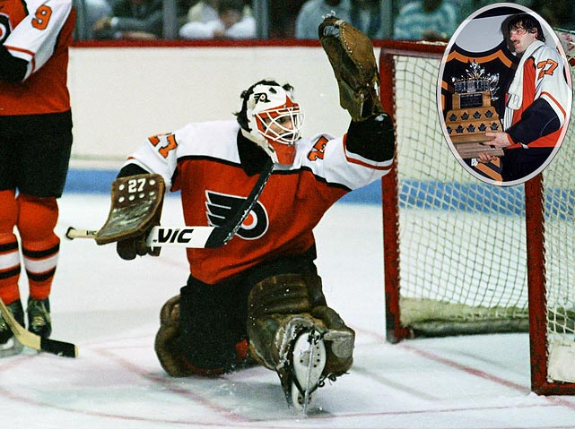 A superb puckhandler as well as a feisty hothead, Hextall was a 22-year-old rookie when he edged out veterans Bob Froese and Chico Resch for the starting job. He went on to win the Vezina Trophy as well as the Conn Smythe with 2.77 postseason GAA and .908 save pct. even though the Flyers fell in a seven-game Cup final to Wayne Gretzky's Edmonton Oilers. Hextall made 40 saves in Philly's 3-1 loss in Game 7.