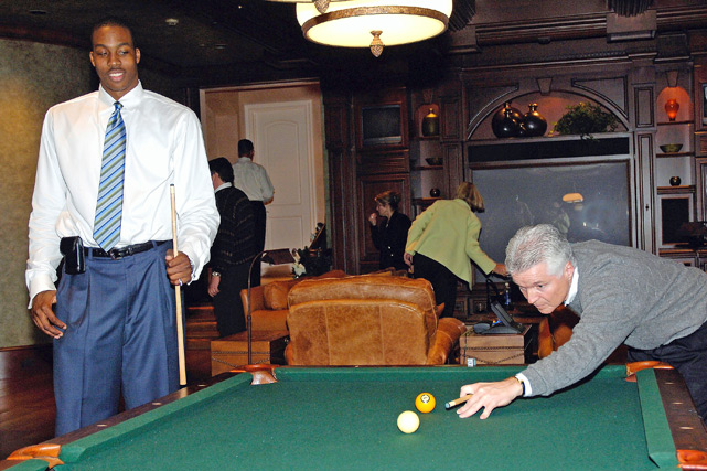 He also got to test the billiard skills of then-Magic coach Brian Hill.